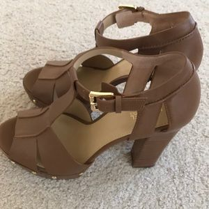 Michael kors camel high heels sandals